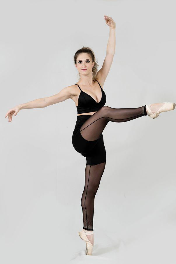 Legging_Pose_3_