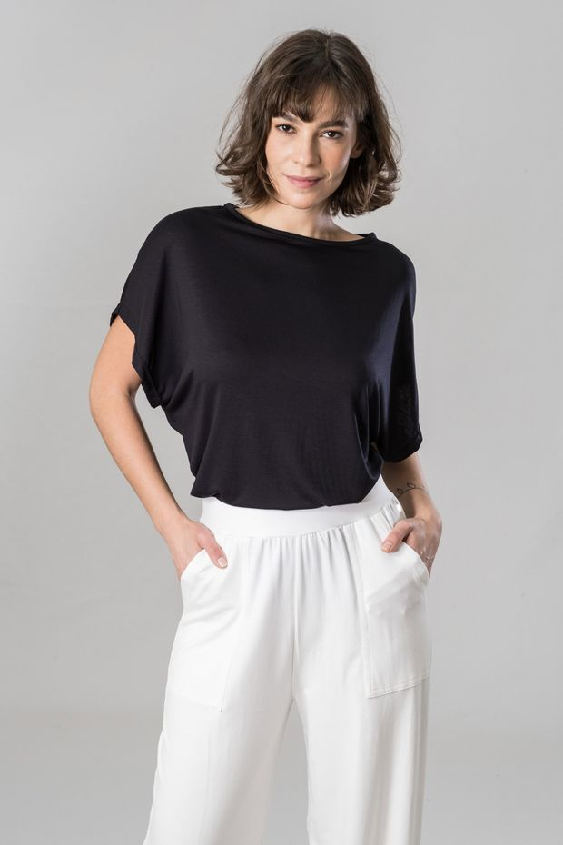 t-shirt-preta2